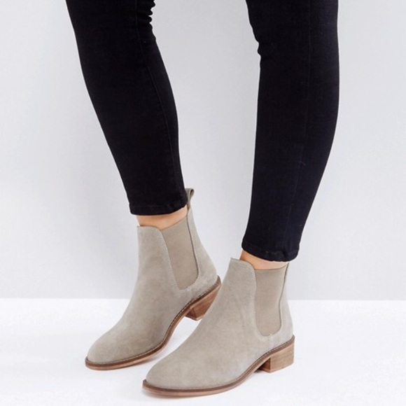 37c45ddb842 ASOS ABSOLUTE suede chelsea ankle boots sand NIB NWT